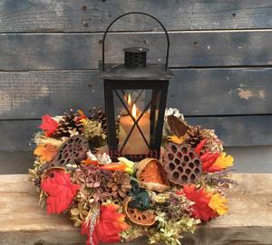 Wed-Oct 14- 2020 ^ Lantern Centerpiece